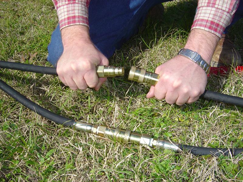 Hydraulic earth drill maintenance